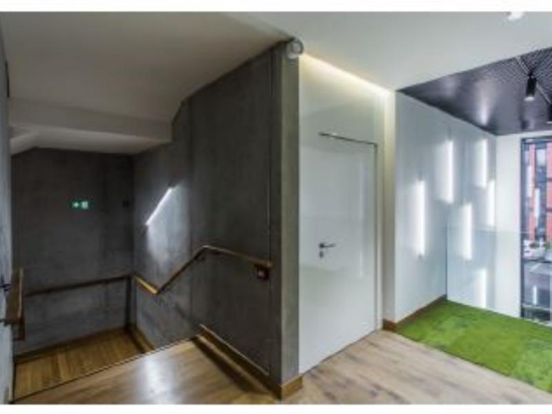 Bureaux à louer | Lesquin (59810) Surface : de 159 m2 à 1529 m2 Réf. 653261