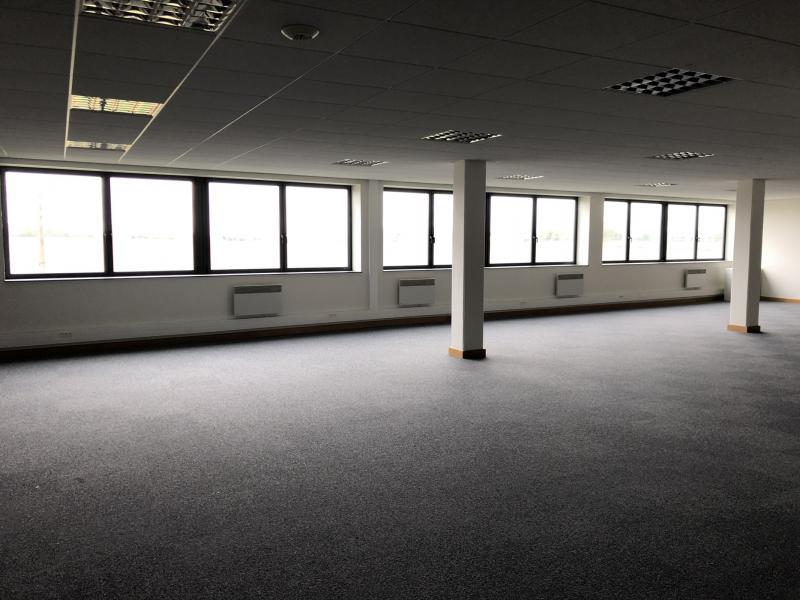 Bureaux à louer   Loos (59120) Surface : de 211 m2 à 508 m2 Réf. 825861