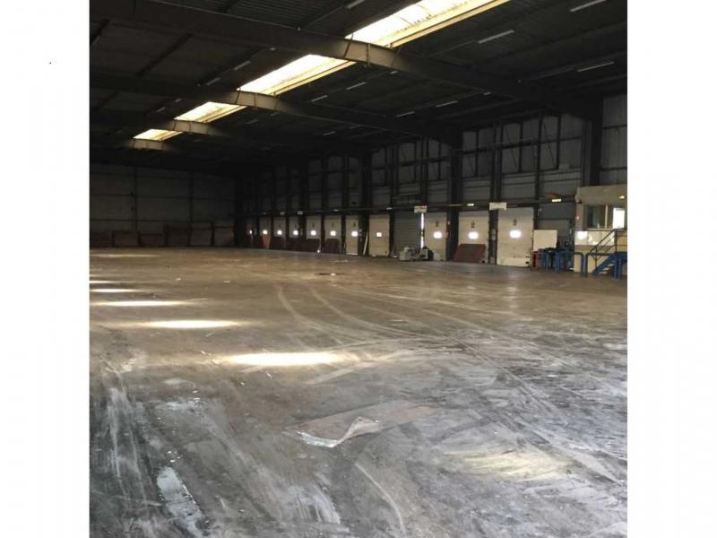 Entrepôts à louer   Escaudain (59124) Surface : 2500 m2 Réf. 794247