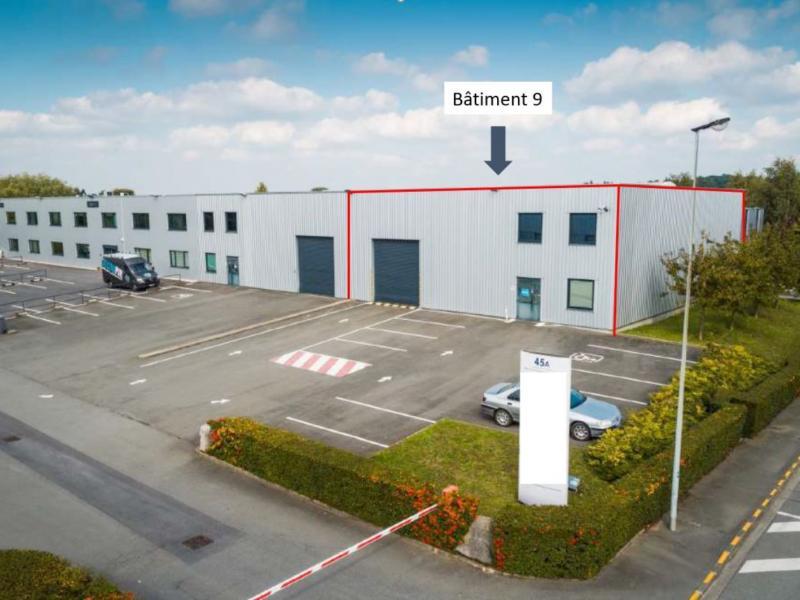 Locaux d'activités à louer   Roncq (59223) Surface : 400 m2 Réf. 766968