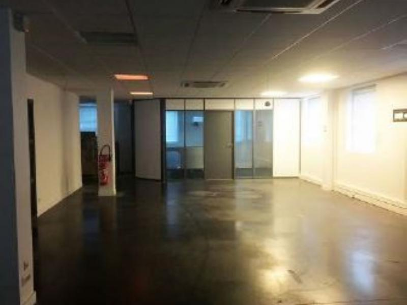 Bureaux à vendre / à louer | Roncq (59223) Surface : 600 m2 Réf. 771988