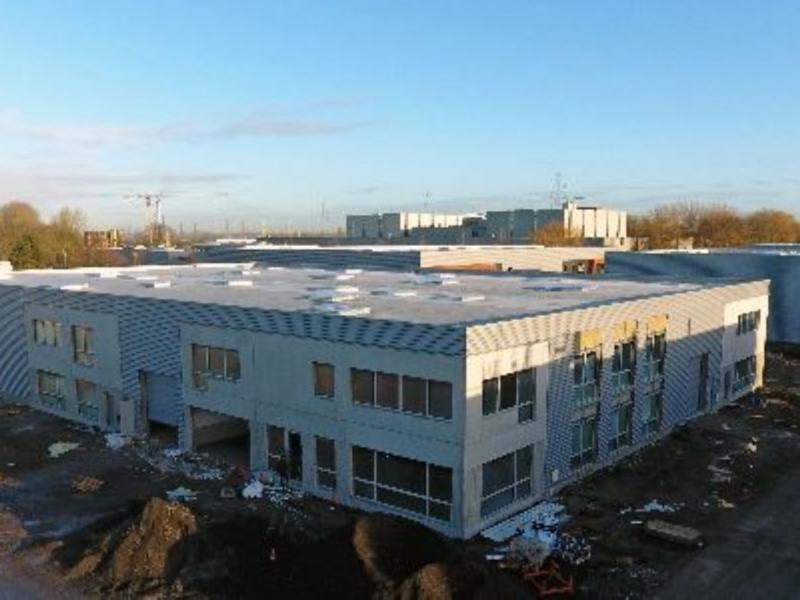 Locaux d'activités à vendre / à louer | Marcq En Baroeul (59700) Surface : De 200 m2 à 4000 m2 Réf. 765830